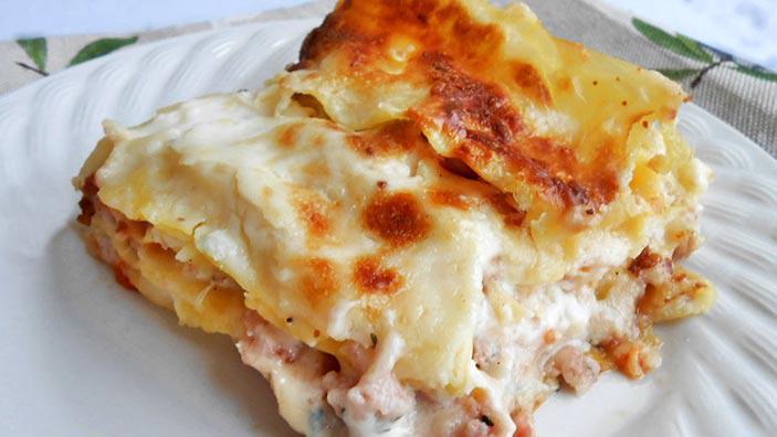 Lasagna cu carne și ciuperci